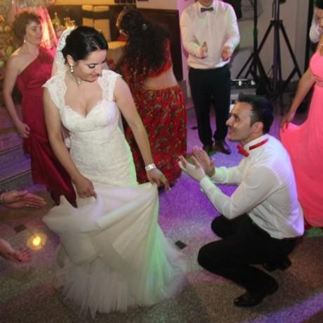 Program tiganesc la nunta